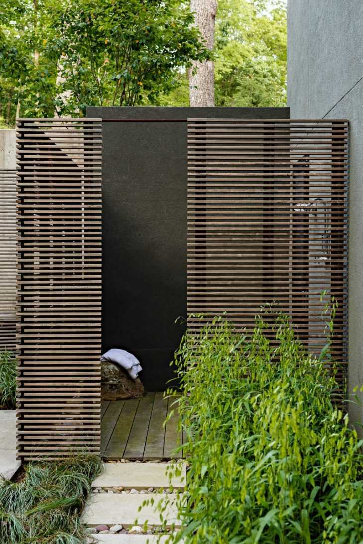 Летний садовый душ для дачи: пошаговый мастер-класс постройки и лучшие идеи постройки душевых с подогревом (135 фото)