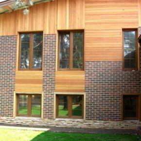 Отделка фасада дома — советы по выбору идей и материалов для оформления дома и построек (95 фото)